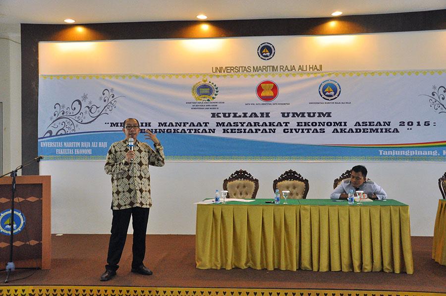 FE UMRAH dan Kemlu RI gelar Kuliah Umum Masyarakat Ekonomi ASEAN